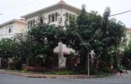 Cho thuê biệt thự Mỹ Kim - Phú Mỹ Hưng căn góc 2 mặt tiền đường lớn